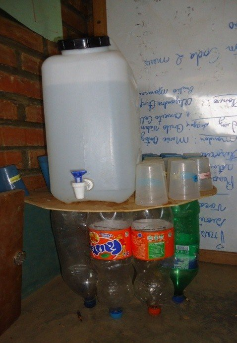 A table for storing drinking water - at no cost