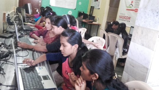 Computer class in IDEA centre