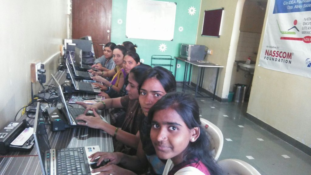 COMPUTER LITERACY CLASS FOR 30  INDIAN GIRLS
