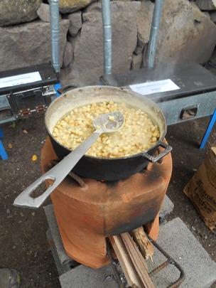 Cooking on the Coci Nica Stove
