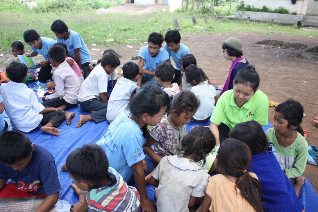 Sponsor Cambodian graduates, help their community!