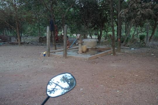 Hand pumped well in Koh Preah