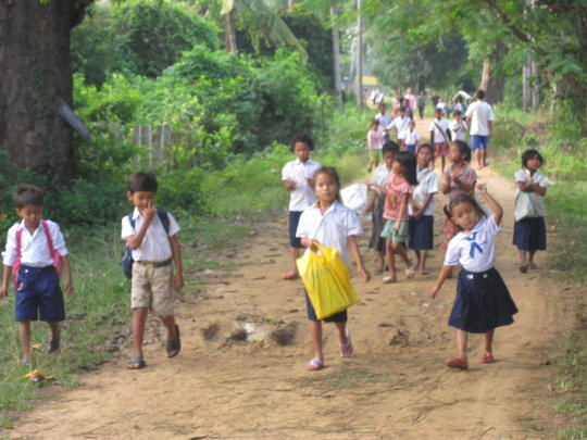 The children of the island going to school