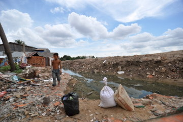 Help 200 Cambodian Villagers Evicted in Land-Grab