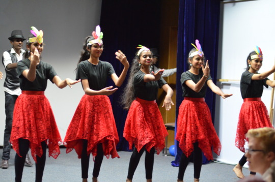 Students join with their enthralling performances!