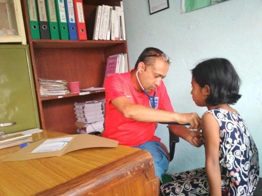 Children at medical check up