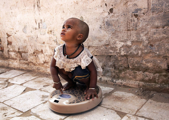 Reduce childhood malnutrition in Indian slums