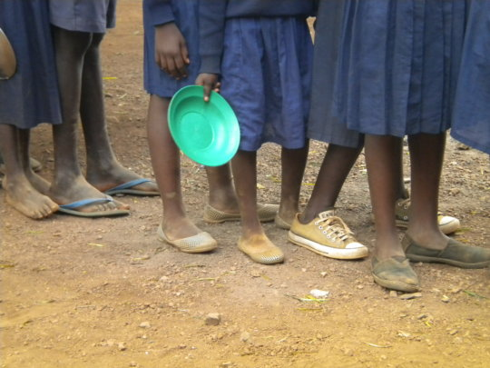 Provide school lunches to 3000 hungry Kenyan kids