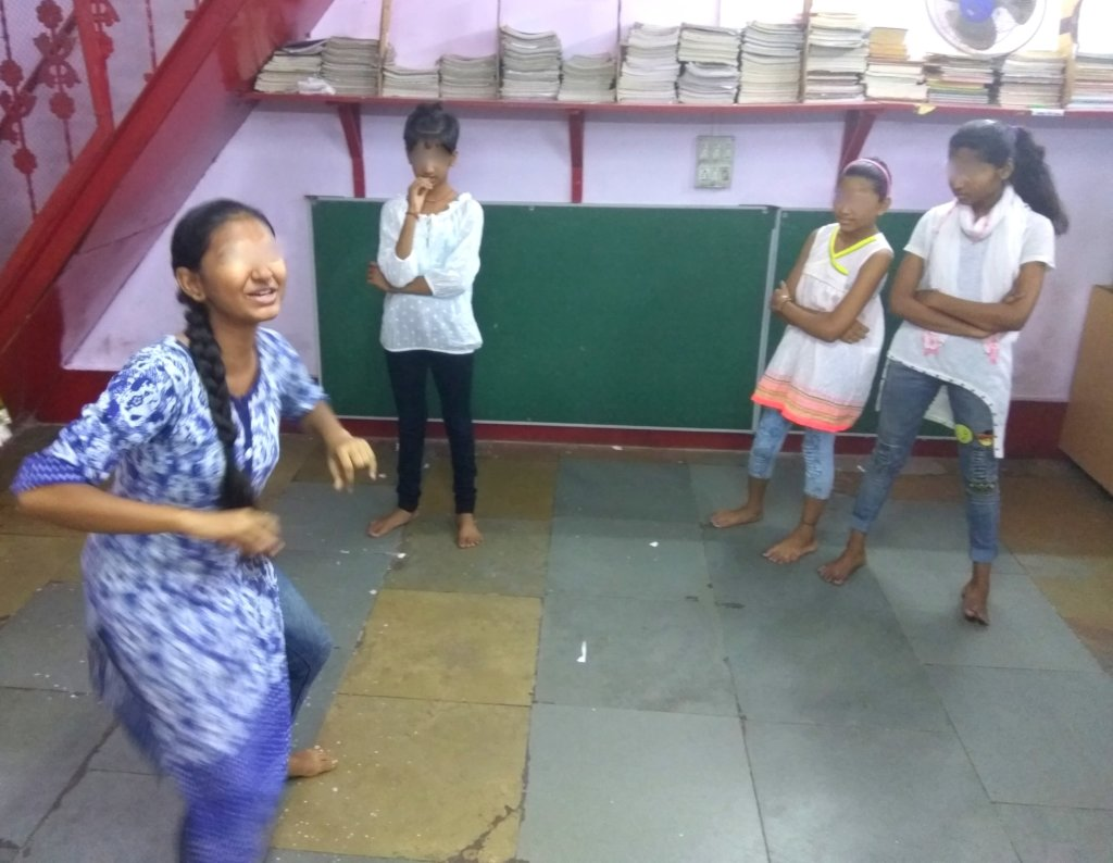 udaan beneficiaries practicing theater