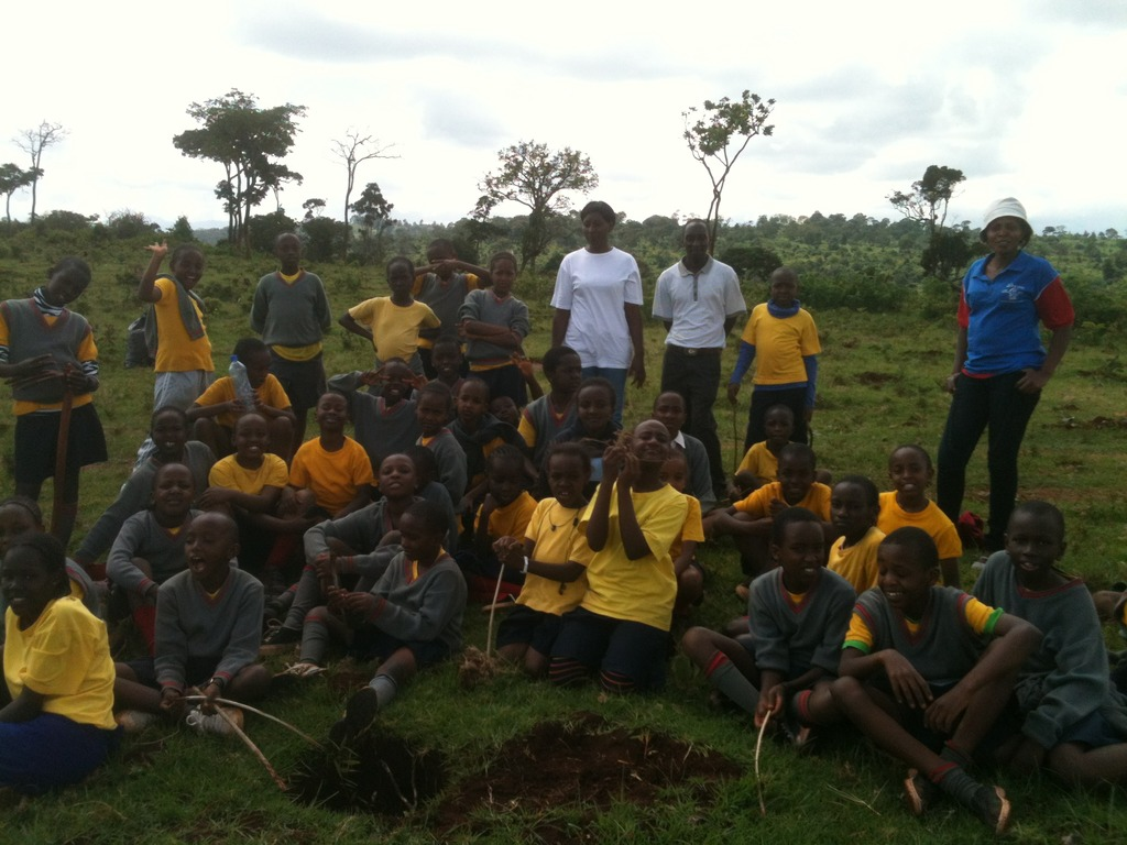 Students participate in tree-planting