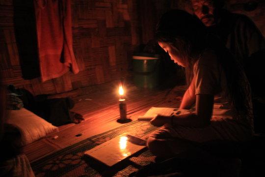 Solar Lighting for 120 Displaced People in Burma