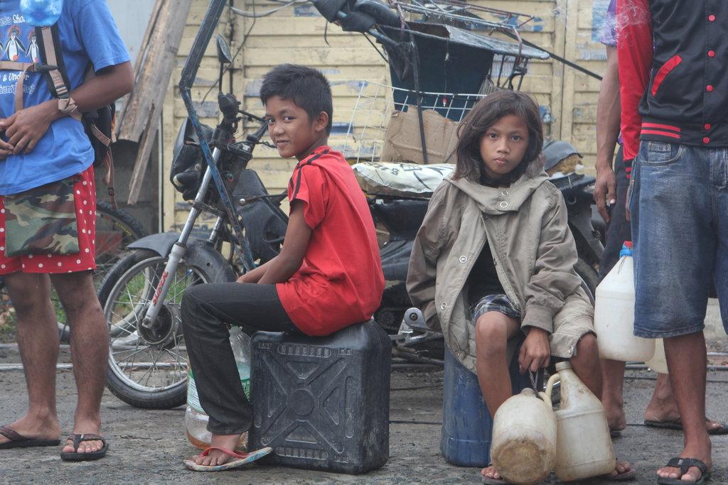 Children in line in Tacloban City