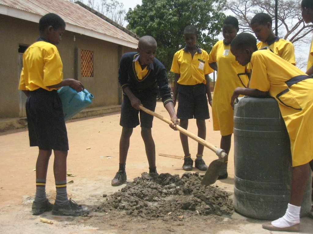 St. Lawrence Students help with the water project