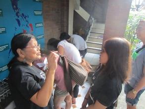 CDRC staff orienting volunteers