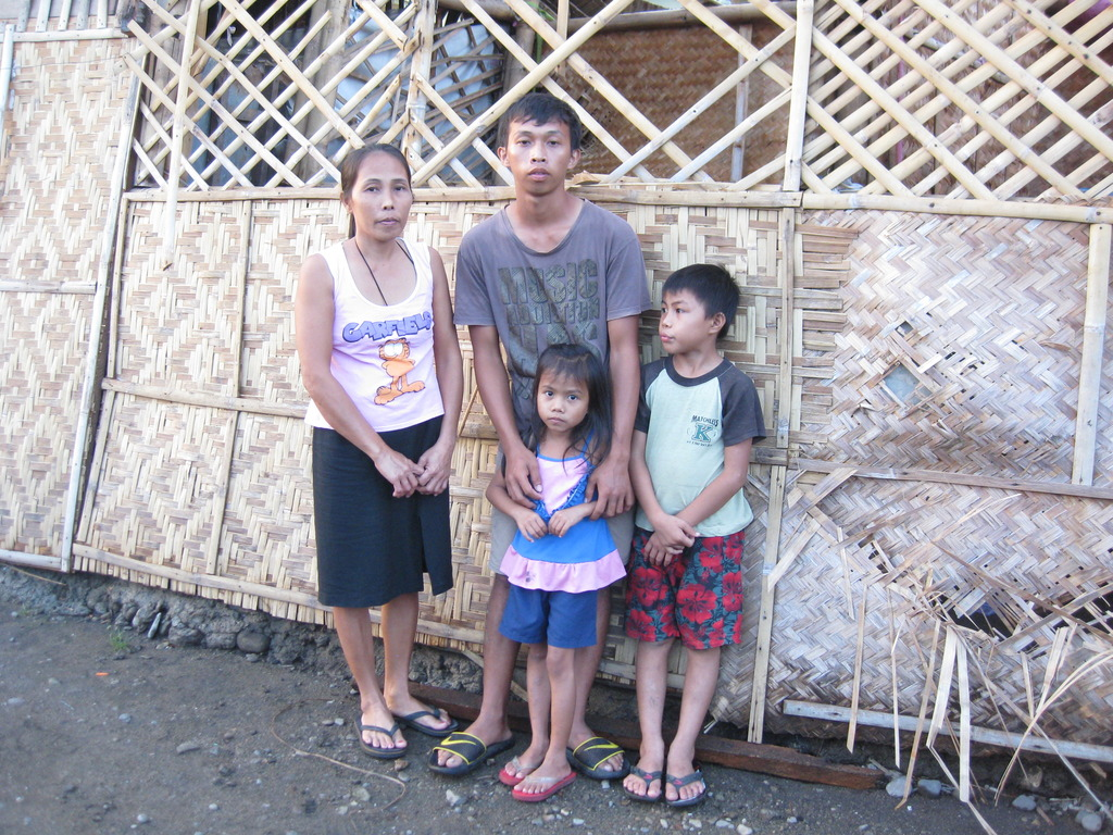 Elvira, Lucriscio, and 2 of their children
