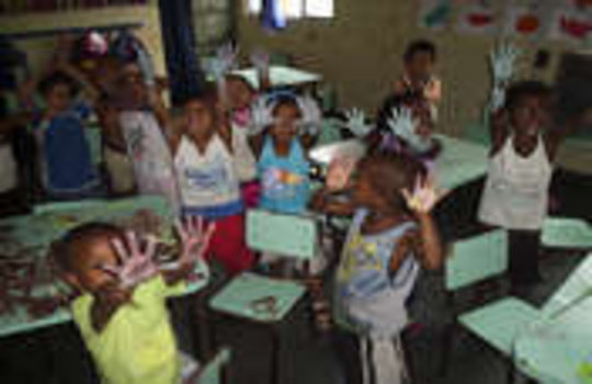 Creche Aids Families in Violent Rio Favela