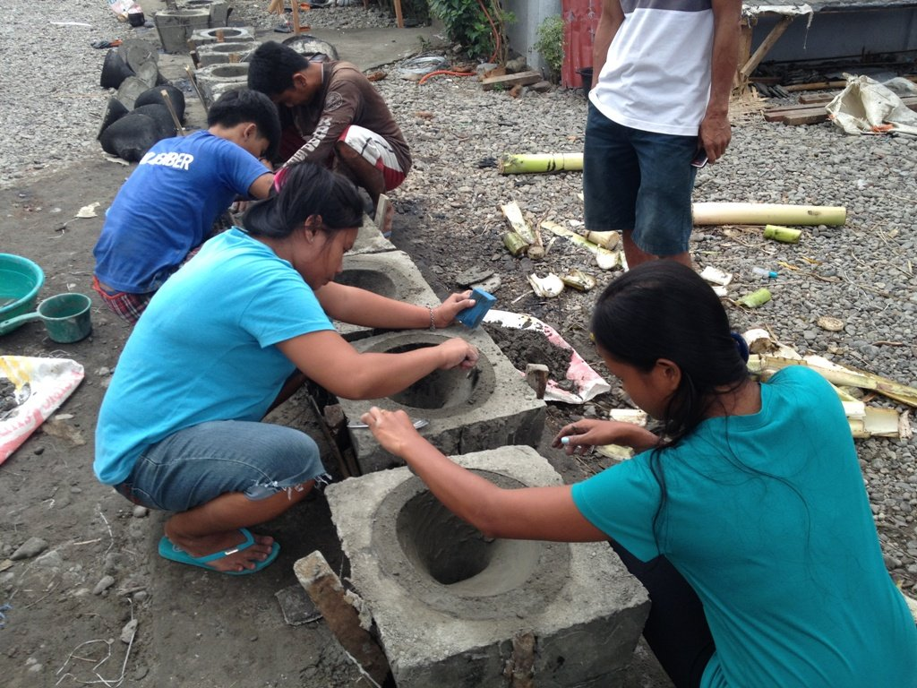 Toilet bowl making in Leyte