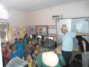 Teaching World geography at the Delhi center