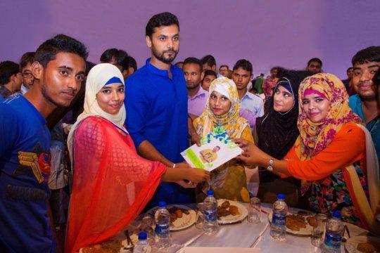 Mashrafe Murtaza, Captain with Spreeha students