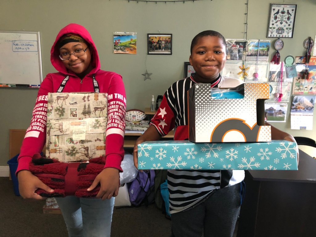 Fulfill Holiday Wishes for 662 Bay Area Children