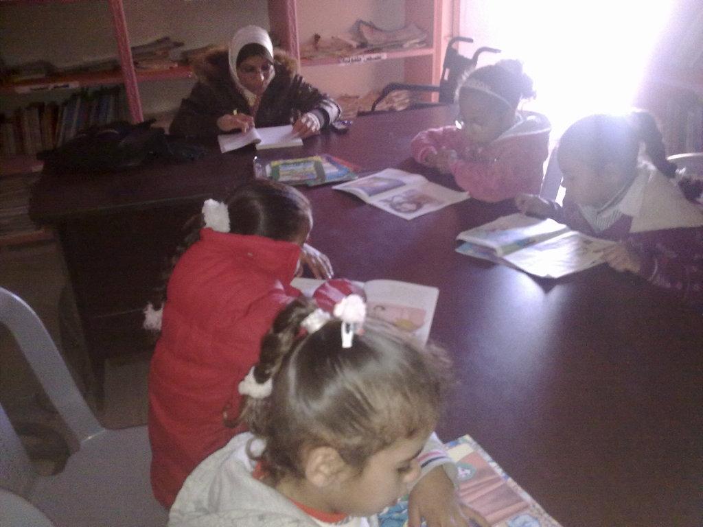 Quiet reading time at Afaq Jadeeda