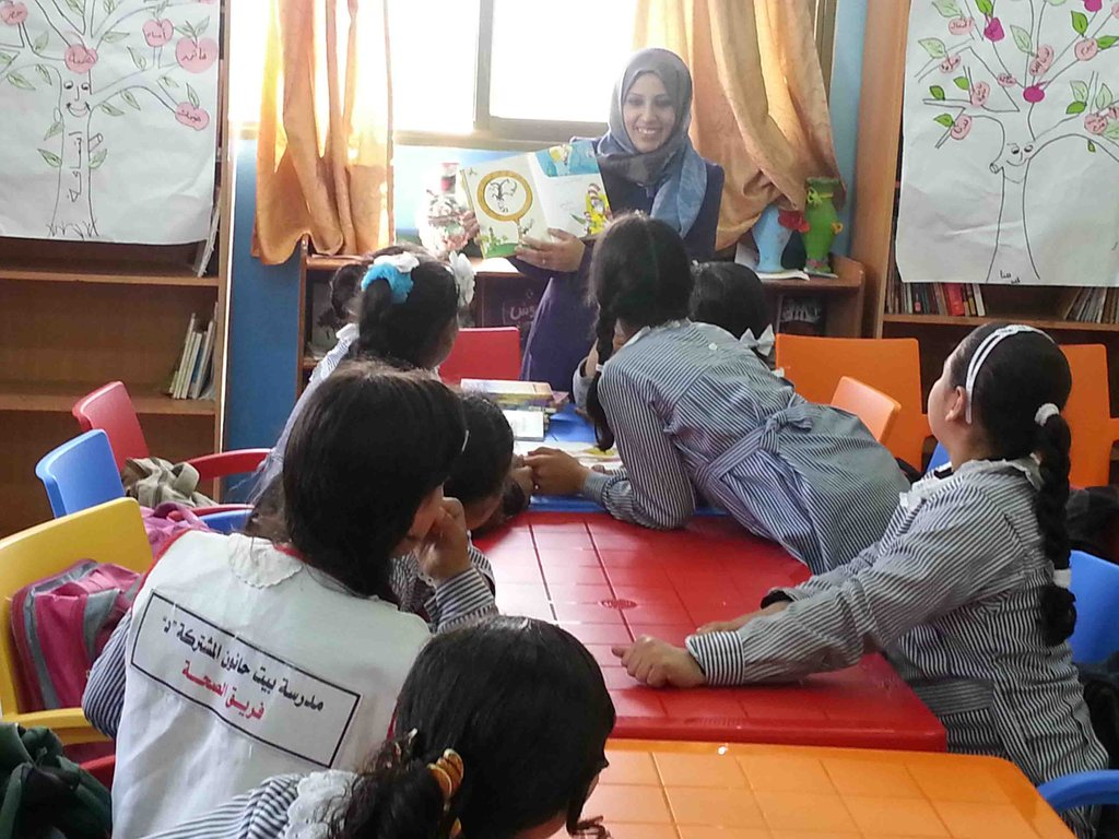Storytelling time in new Beit Hanoun library