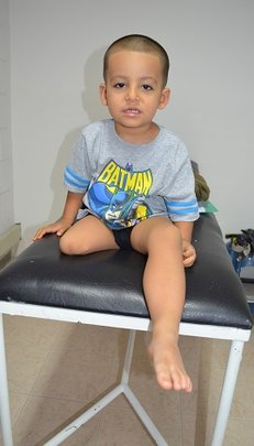 Help Leandro take his First Steps