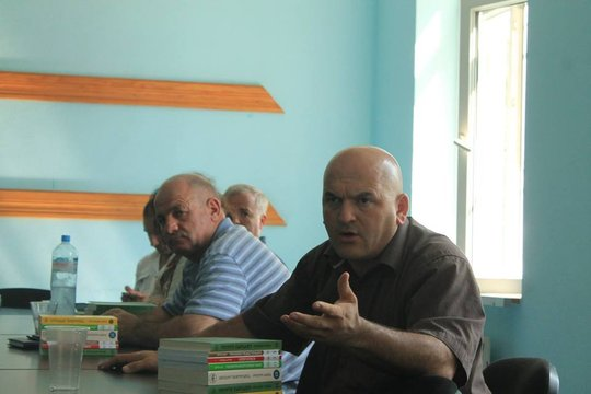 Discussion in Chkorotsku, Samegrelo, August 2015