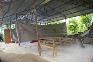 Jankalyan Primary School needs walls!