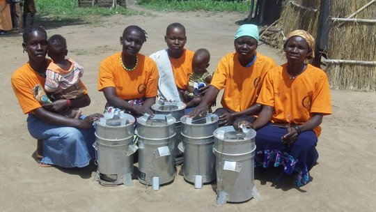 Provide Wood-saving Stove to a Family in S. Sudan