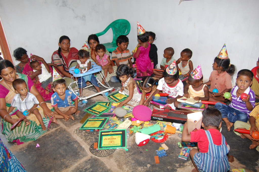 Poor People Toys : Reports on sponsor a child for education in day care