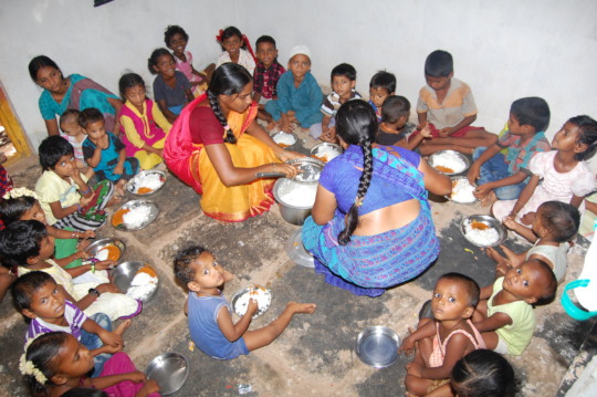 Sponsorship of meals for deprived children creches