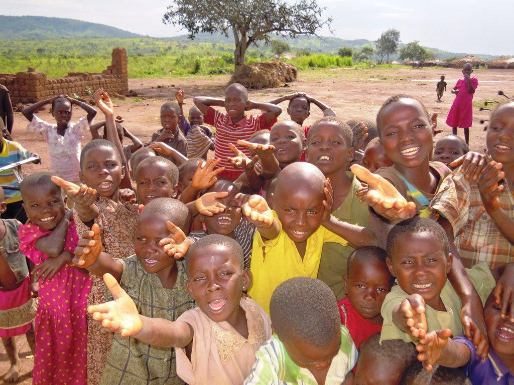 Kubunina,access to school to 70 Congolese children
