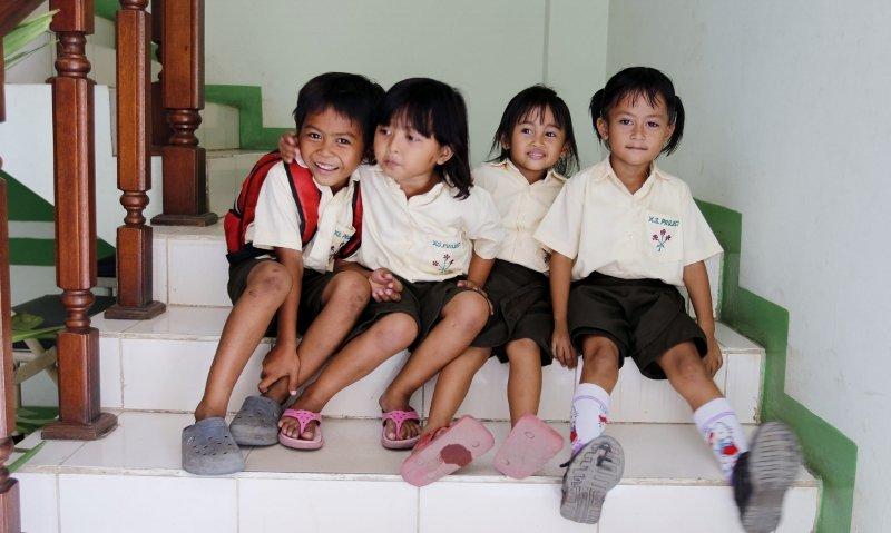 Kindergarteners Akbar, Kirana, Zheefana and  Rika