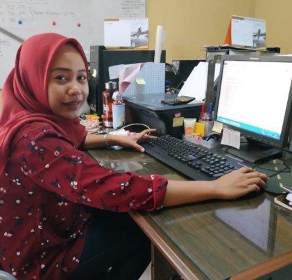 Firiyah is doing an internship as bookkeeping