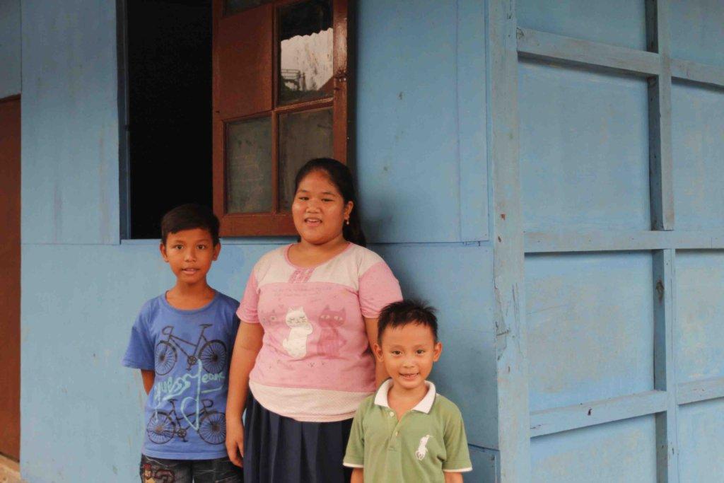 Putra, Desti and Azam visit the new school