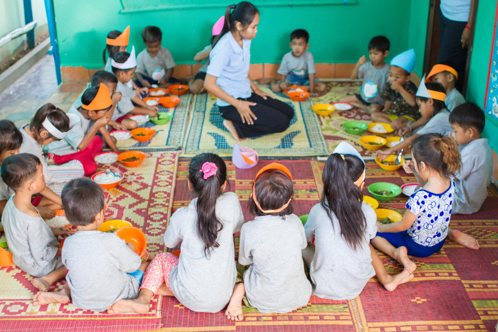 Educating 120 street-working children in Cambodia