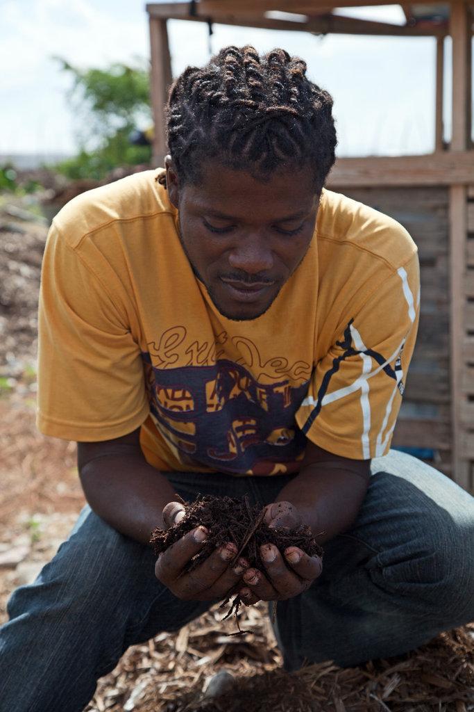 Generating Organic Compost for Farming in Haiti