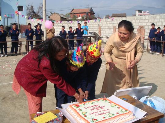 Cutting the Cake (2009)