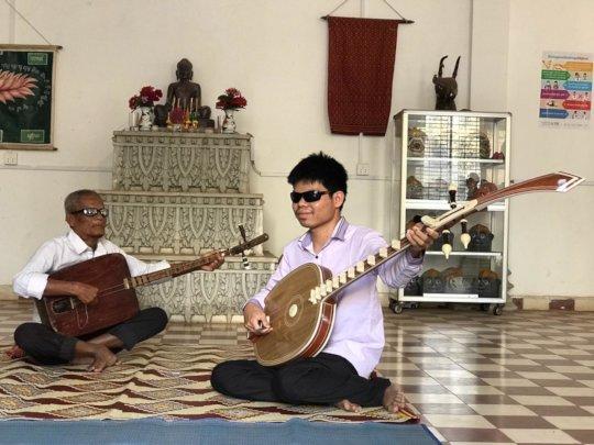 Chapey Master and Tai, learning at KCDI