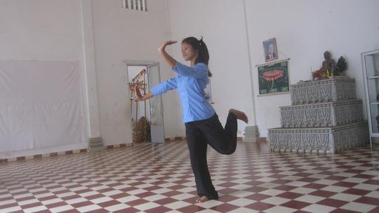 Chanrika rehearsing