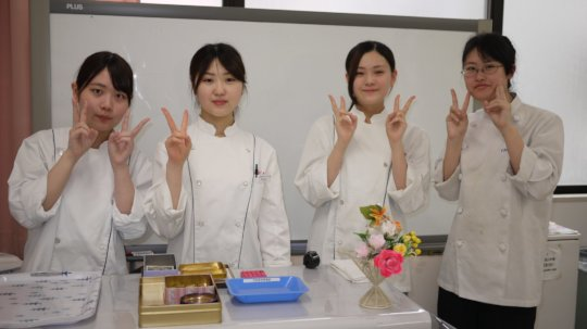First Year Pastry Students
