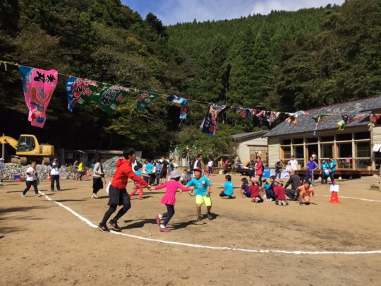 Sports event with alumnis