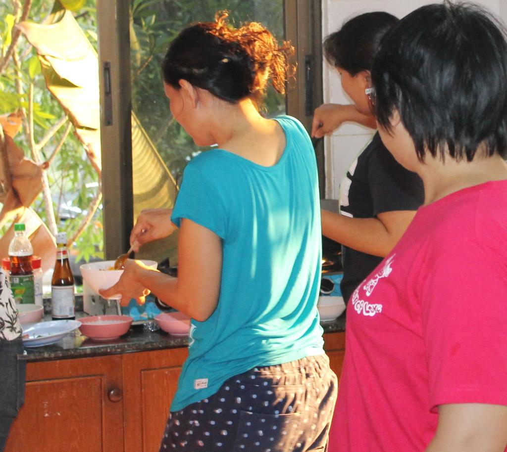 Volunteers leaders serve as examples