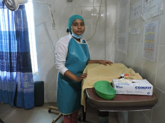 Ayesha, a confident and skilled midwife