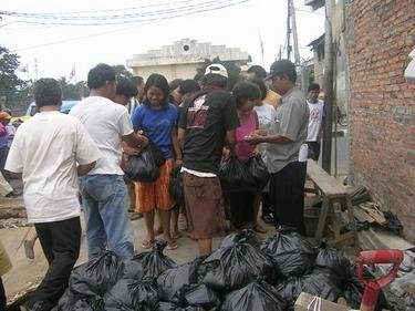 Assistance for Jakarta flood victims