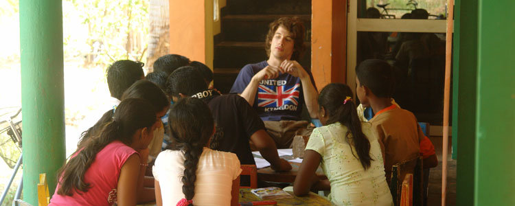 Students with an AIESEC volunteer