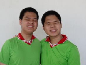 Tan & Kien