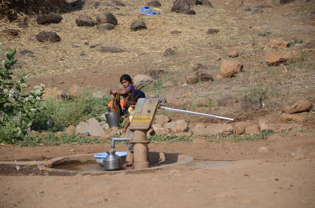 Hand pump in Kolhewadi