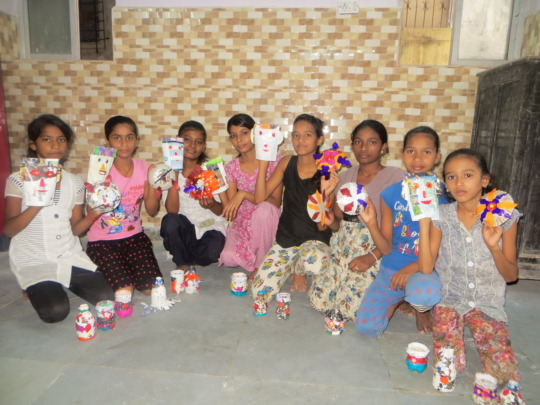 craft items - Best out of Waste material workshop